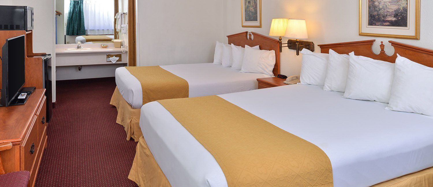 Guest Rooms at Quality Inn Klamath Falls