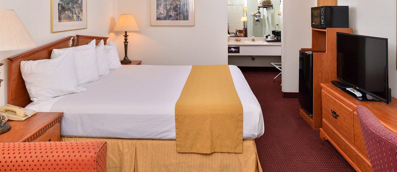 Quality Inn Klamath Falls Guestrooms