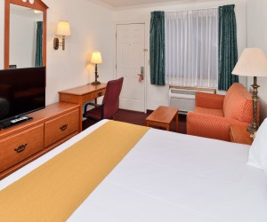 Air-Conditioned King Standard at Quality Inn