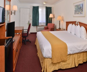 Quality Inn Klamath Falls - Enjoy a restful night at Quality Inn Klamath Falls